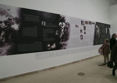 Gellér B István kiállításának faldekorációja a Műcsarnokban