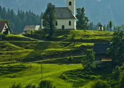 Templom a hegyen