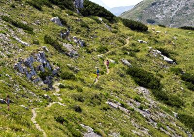 Hullámzó ösvény gyerekekkel, National park Paklenica, Velebit, Croatia