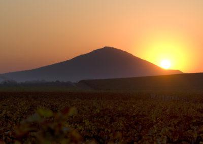 Őszi napfelkelte, Villányi-hegység, Szársomlyó
