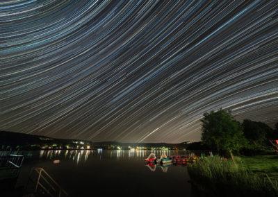 A Pécsi tó májusi csillagívvel