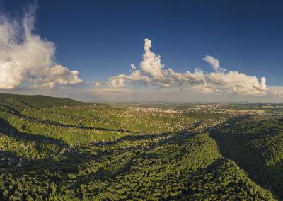 Pécs nyugati fele Üröggel és Mecsekszentkúttal naplementekor