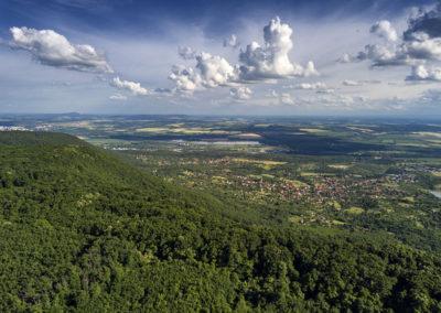 Kővágószőlős és Cserkút a Jakab-hegy gerince felől