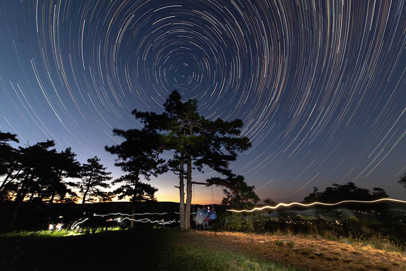 Csillagív Szent Iván éjjelén