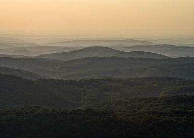 Aranyló baranyai dombhátak