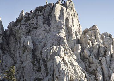 Fotó készül a Bjiele stijene csúcsán